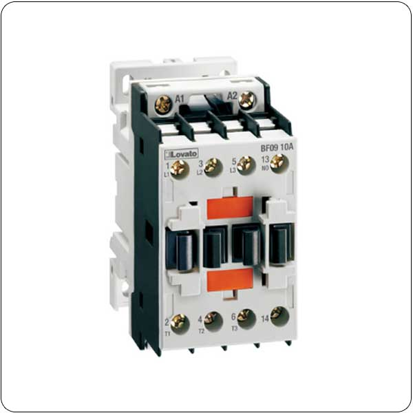 Three-pole contactors