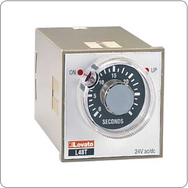 Time relay on delay. Single scale and single voltage